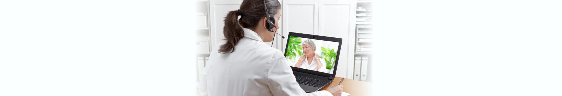 doctor online call patient shoulder pain